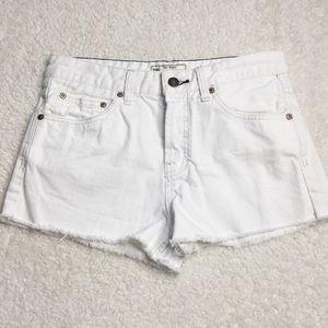 Free People White Denim 5 Button Shorts Size 26